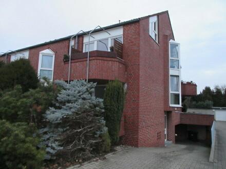 Helle EG-Wohnung mit Terrasse, Garten und TG-Platz