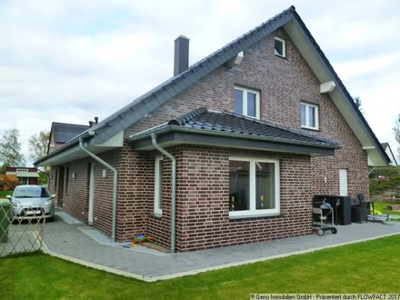 Sehr modernes Wohnhaus mit großer Ausbaureserve in Lintel!