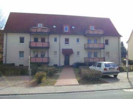 Große Dachgeschosswohnung mit 2 Bädern und Balkon