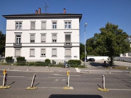 Exponierte Geschäftslage von Ravensburg - Repräsentative Bürovilla in werbewirksamer Stadtlage