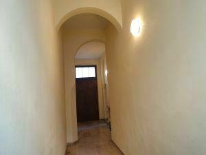 Zentrumslage, 2-Zimmer- Eigentumswohnung in herrschaftlichem Gebäude von 07545 Gera, 60 km von Leipzig,