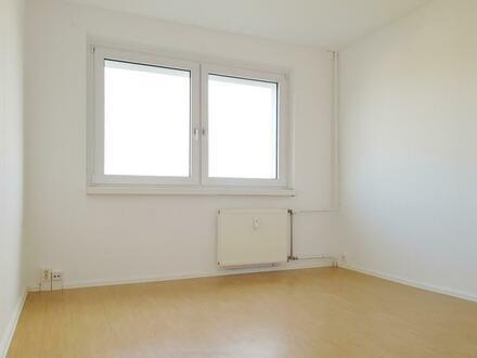 3-Raum-Wohnung mit toller Aussicht zum Selbstgestalten!