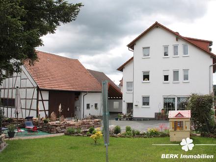 BERK Immobilien - Für Anleger - Vermietetes Anwesen mit Scheune und großem Grundstück in Neunkirchen
