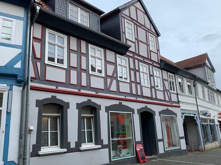 Individuelles Mehrfamilienhaus mit Gewerbeeinheit in der Innenstadt von Königslutter