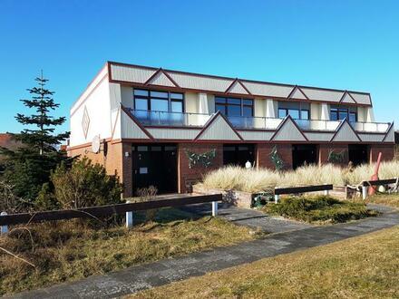 Provisionsfrei - Haus Dünenblick - Renovierte Reihenhäuser mit Traumblick, Terrasse und viel Platz
