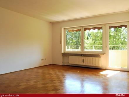 Sonnige, großzügig geschnittene 2 Zimmer-Wohnung mit Loggia
