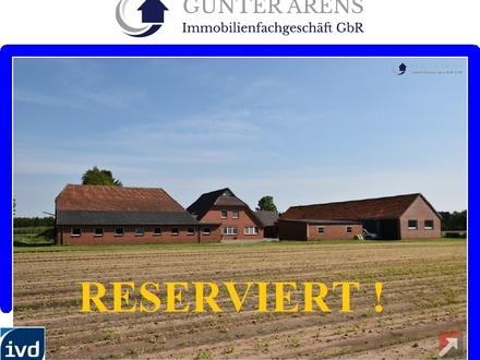 Resthofanlage mit Nebengebäuden in Westerstede - Groß Garnholt