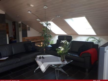 Gemütliche Dachgeschosswohnung mit schöner Aussicht
