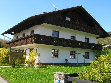 Sonnige 3-Zimmer-Wohnung m. großem Balkon