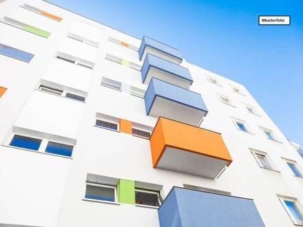 Zwangsversteigerung Dachgeschosswohnung in 76703 Kraichtal, Hauptstr.