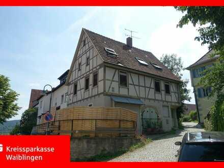 Fachwerkhaus in ruhiger Ortslage -teilweise vermietet-