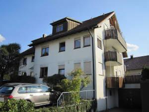 Sehr gepflegte 2-Zimmer-Wohnung mit Balkon