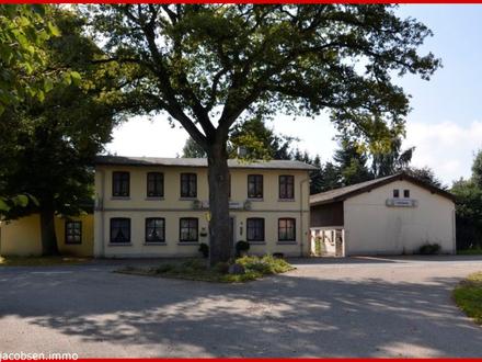"""""""Lebens(t)raum neu gestalten"""" - alte Gaststätte mit Saal und Wohnbereich - 1,4 ha Pachtland möglich"""