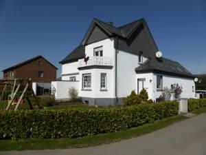 2-Familienhaus in Mi.- Kutenhausen für Kapitalanleger