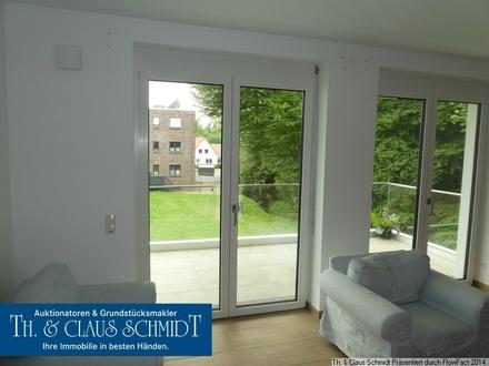 Exklusive 3 Zimmer-Wohnung direkt am Rasteder Palais mit Balkon, Keller und Aufzug