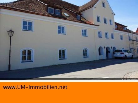 3 Zimmer-Wohnung in einer stattlichen, ehemaligen Schlossbrauerei (m. Denkmalschutz)