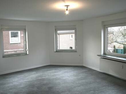 Zentral gelegene Etagenwohnung mit Balkon sucht einen neuen Mieter!!!