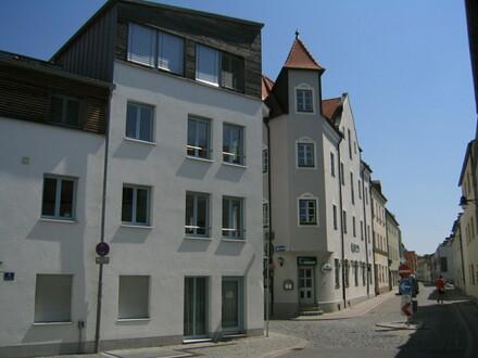 3 1/2 ZKB, IN-Altstadt, 91 m², EBK, 1. OG