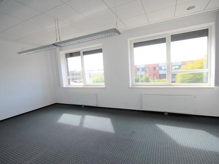 Ansprechendes Bürogebäude