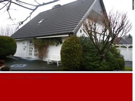 Erstklassiges Familienhaus mit einer Einliegerwohnung in 24214 Gettorf