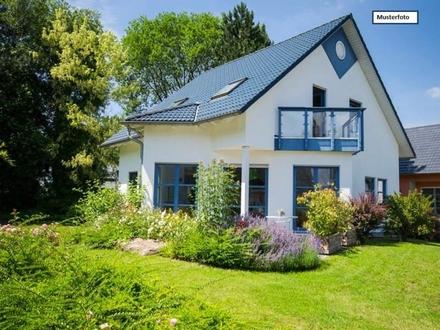 Doppelhaushälfte in 71116 Gärtringen, Gartenstr.