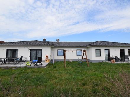 Bungalow auf großem Grundstück...ein Haus für ganz besondere Ansprüche