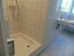 2-Zimmer-Mietwohnung - wie neu - in 97450 Arnstein