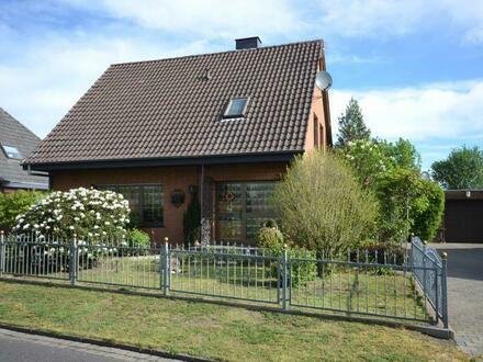 Gut erhaltenes Einfamilienhaus mit Garage und Wintergarten in Haren - Erika