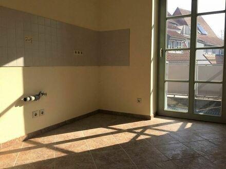 +++ Komplett renovierte 3 Raumwohnung mit Balkon in der Altstadt +++