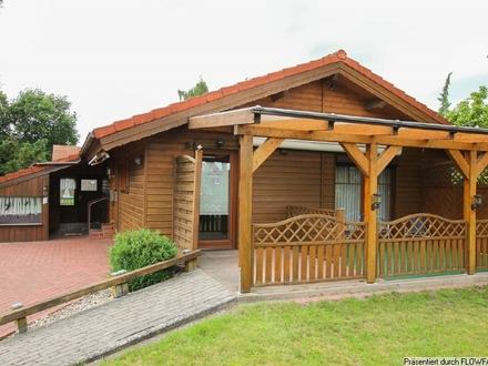 Schickes Holzhaus in schöner Wohnumgebung!