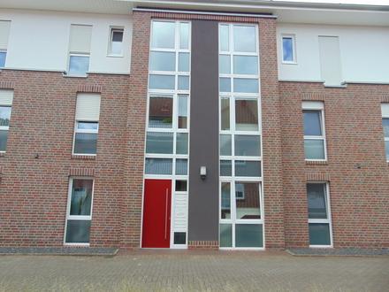Schöne kleine teilmöblierte Wohnung im Erdgeschoss !