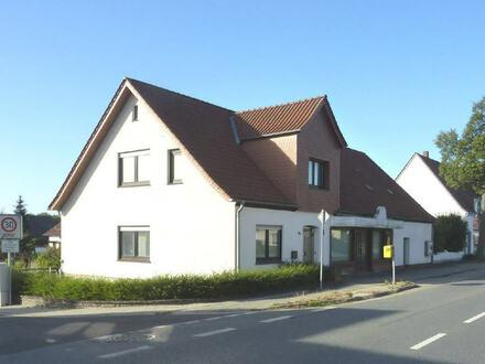 RESERVIERT! Großes Wohn-/Geschäftshaus mit Garage in praktischer Lage von Löhne-Ostscheid!