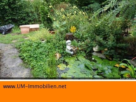 AUTOBAHN-nahe DHH in Ampfing mit eingewachsenem Garten, Gartenhaus, Garage