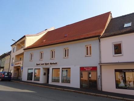 Unternehmer aufgepasst! Zentrumsnahe Ladenfläche mit Lager im Herzen Tirschenreuths