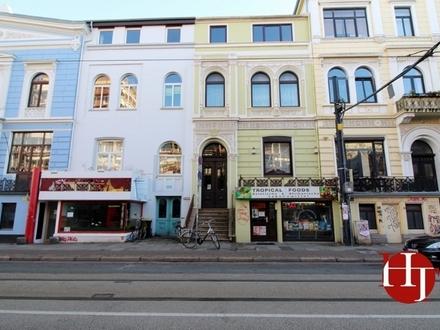 Altbremer Wohn- und Geschäftshaus in zentraler Lage.