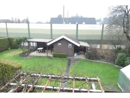 2 Zi.-Oberwohnung mit zusätzl. ausgebautem Spitzboden, Garten & Garage in Rastede