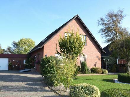 Einziehen und Wohlfühlen! Einfamilienhaus auf tollem Grundstück mit unverbautem Blick ins Grüne in Ditzumerverlaat