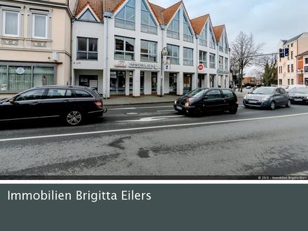 Gute Sichtlage-Citylage: Ebenerdiges Büro mit Schaufenster und interessanten Werbeflächen!