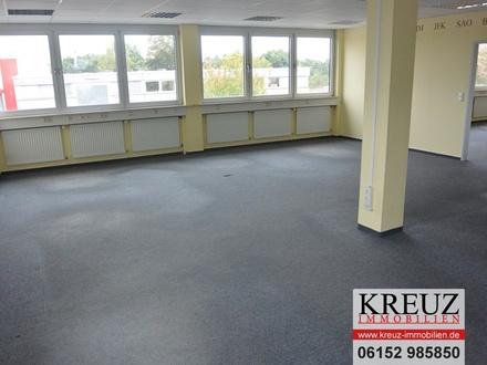 Helle Büroflächen (180 qm) zu vermieten