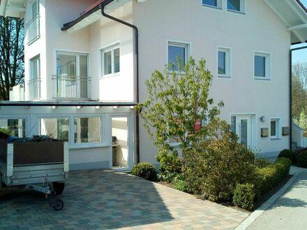 Moderne Wohnung auf zwei Etagen in ruhiger Lage