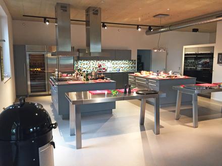 Renommierte Koch- und Grillschule mit Weber-Grillakademie, in Hannovers bester Lage zu verkaufen.