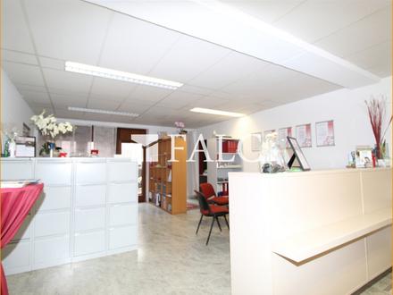 Zentrumsnahe Büroetage - vielfältig nutzbar z.B. Praxis, Steuerberater etc.- Tiefgarage vorhanden