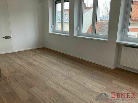 2-Zimmer Wohnung im Zentrum von Deggendorf - komplett renoviert