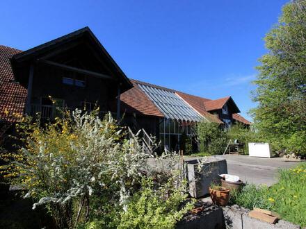 Kleiner, feiner Reiterhof - traumhaft schön - über 500 qm Wohn - und Nutzfläche