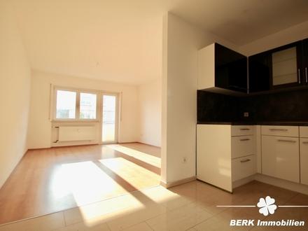 BERK Immobilien - Helle 2-Zimmer-Wohnung mit Balkon - zum Eigennutz oder zur Kapitalanlage