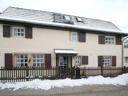 Bad Soden-Neuenhain: Der besondere Lebensmittelpunkt in historischem Ambiente