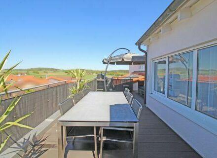 Stilvoll wohnen mit Fernblick und großer Dachterrasse