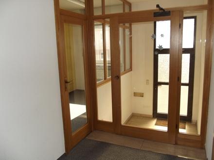 Helle Bürofläche in zentraler Lage von Roth