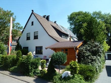 Gemütliche Wohnung mit Gartennutzung in ruhiger Seitenstraße!