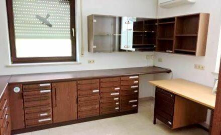 Großzügige Praxisräume für Mediziner aller Art, Büro, Massage und Rehabilitation
